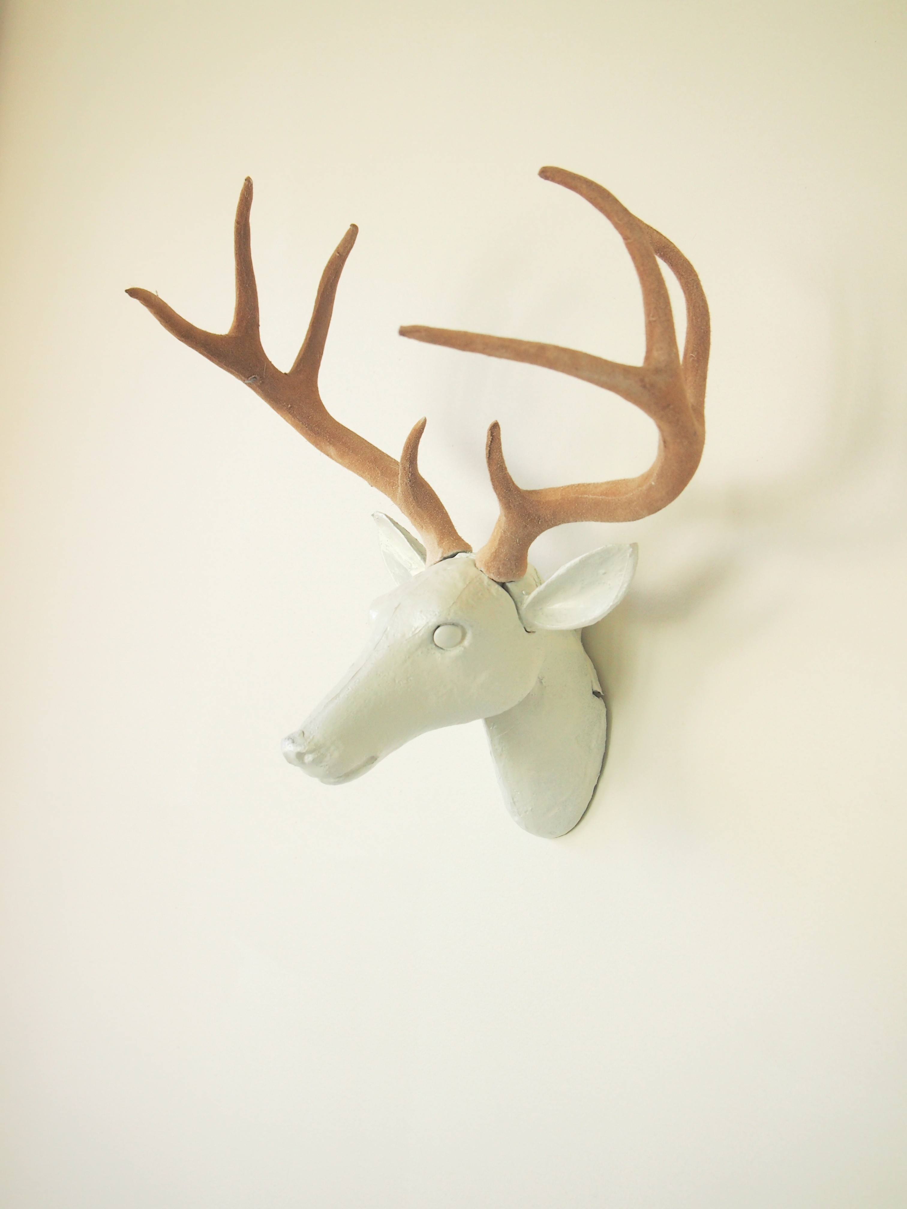 have you see those awesome white resin deer heads